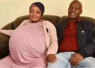 South African woman breaks Guinness Book of Records after giving birth to 10 babies at a go (PHOTO)
