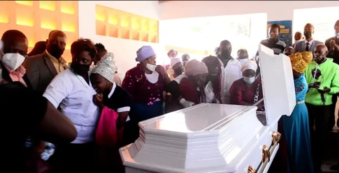 Emotions have run high as the popular kikuyu gospel artist by the name Esther Githithi was laid to rest at Lang'ata Cemetery.